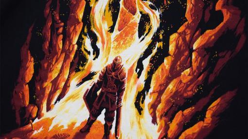赤く燃える篝火が勇ましい。「最初の火」をかたどった『ダークソウル』Tシャツで存在感をアピールしよう