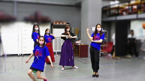 『新サクラ大戦 the Stage』稽古場リポート。女性だけの舞台でくり広げられる、殺陣とダンスと歌と演技のフルコース!